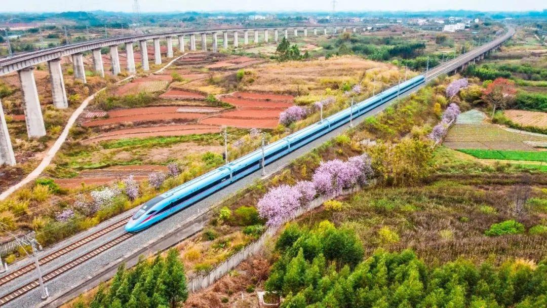 2023年广西将实现市市通高铁!